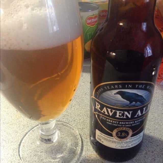 Tämäkin maukkaan mausteinen Orkney Breweryn golden ale olisi liian vahva ruokakauppaan...